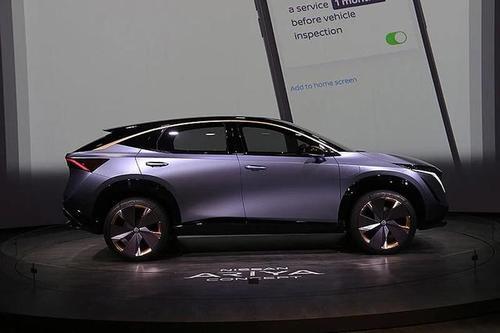 日产e-4ORCE使电动汽车像跑车一样行驶