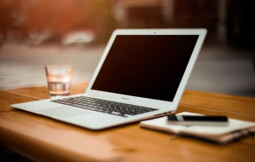 更好的笔记本电脑隐私过滤器的秘密