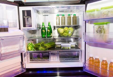 现在从冰箱中清除这些旧食物