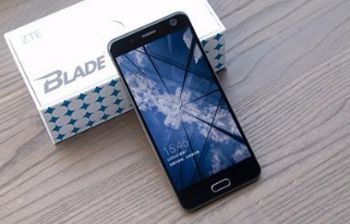 假设中兴BladeV8智能手机图像在CES揭幕前泄露