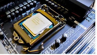 英特尔24核CPU的RaptorLake有望在2022年与AMDZen4竞争