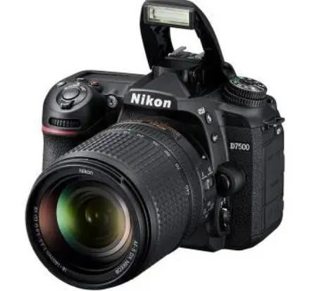 """尼康将其复苏归因于""""通过增强无反光镜相机可更换镜头的阵容"""